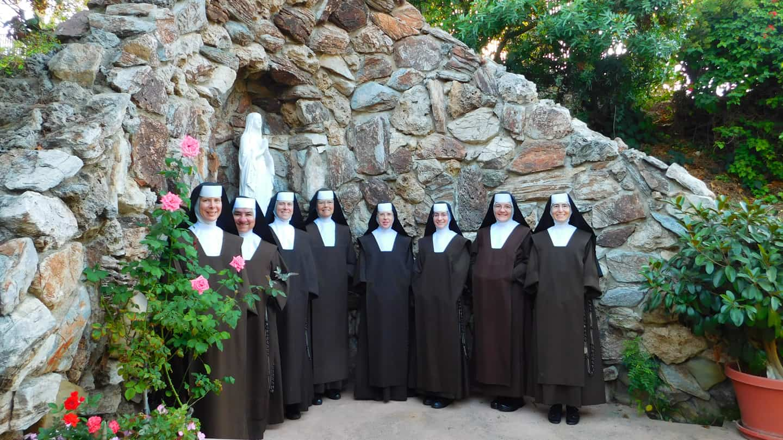 Carmelite Sisters Community Photo